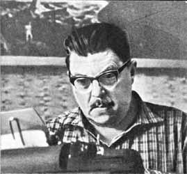 И.А. Ефремов за писательской работой